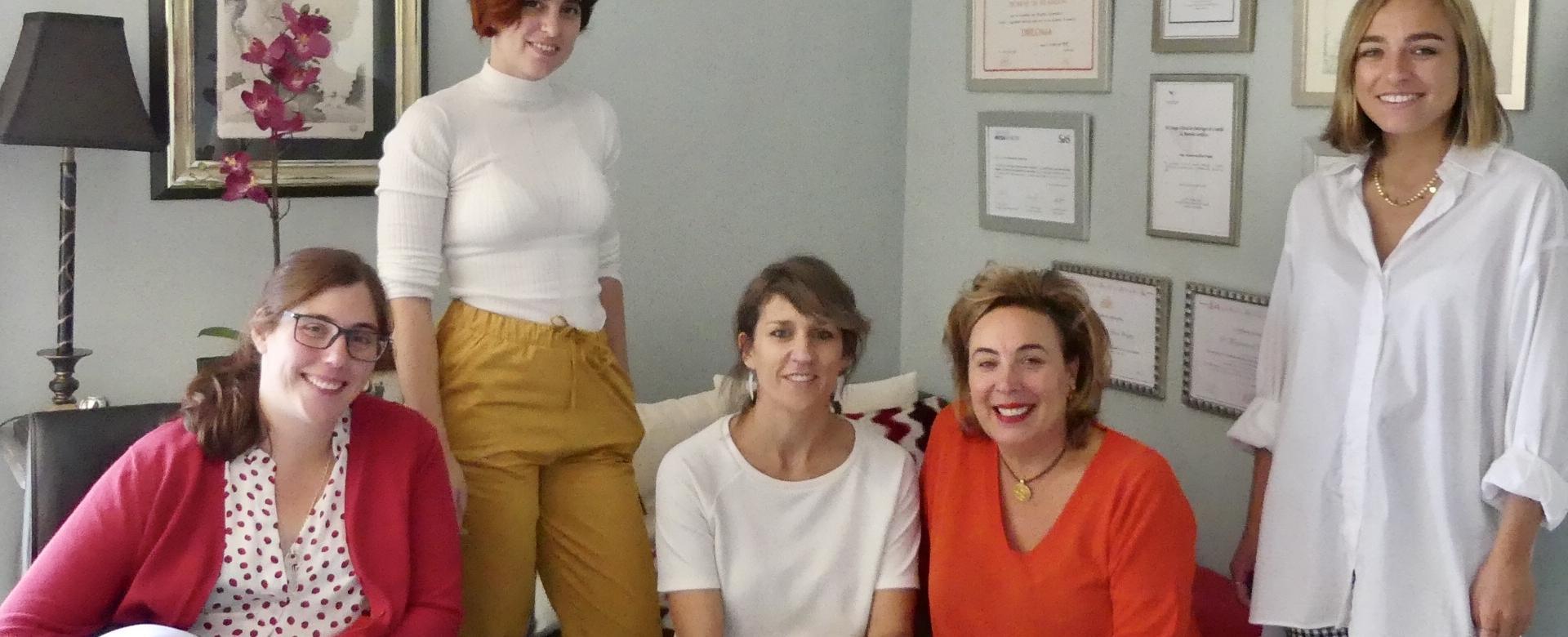 Equipo de psicólogos con amplia formación, especializados y experiencia